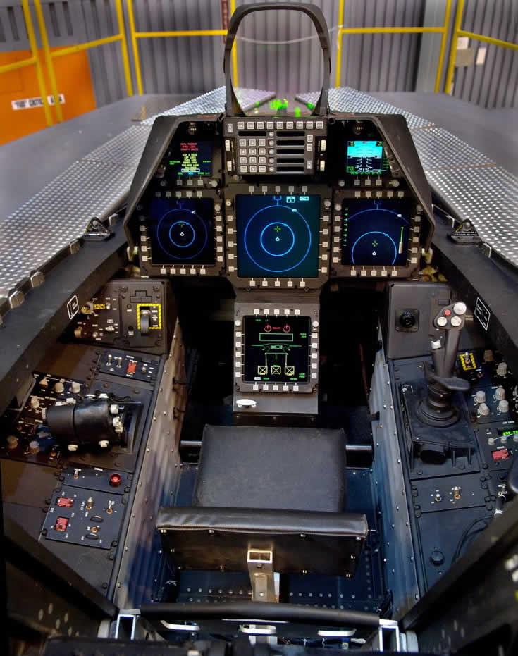 F-22 - Cabina