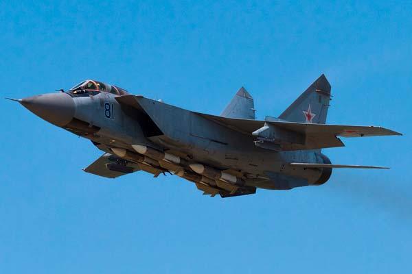 Avión MiG-25 Foxbat