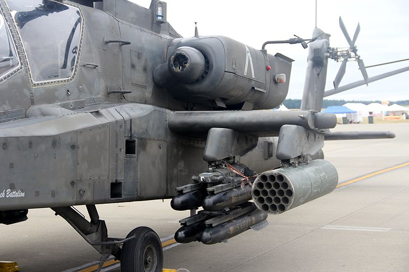 Amamento Apache AH-64