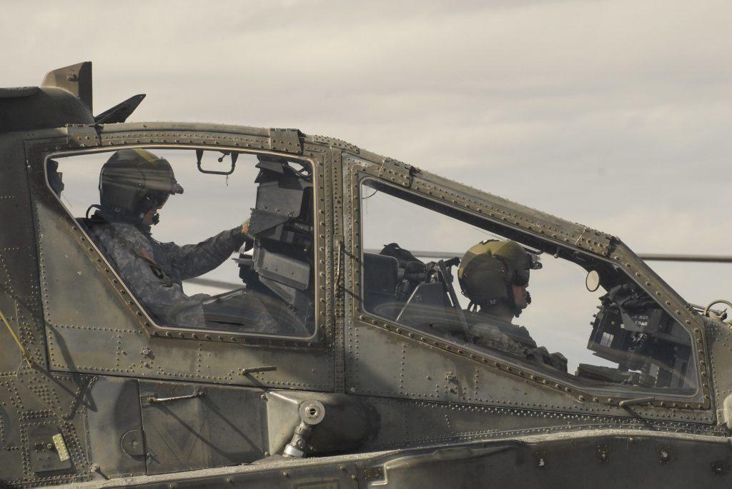 Cabina del helicóptero Apache