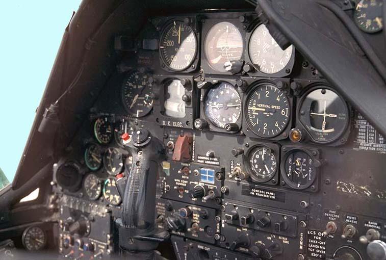 Cabina del piloto del AH-64