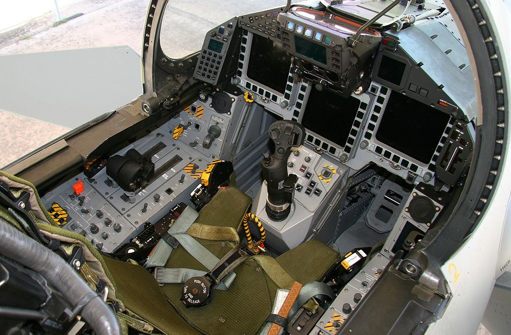 Cabina del piloto del Eurofighter Typhoon