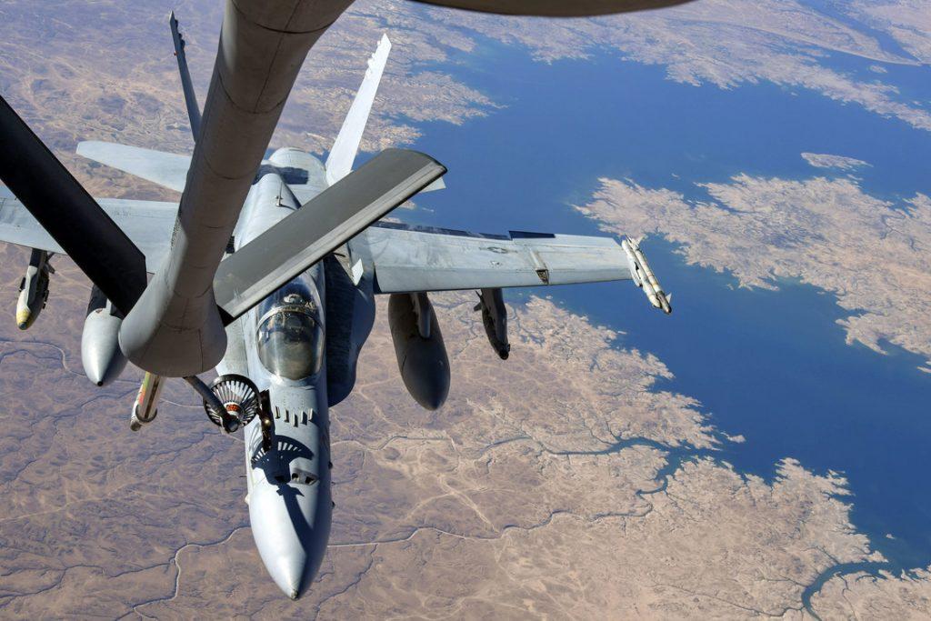 F-18 velocidad máxima