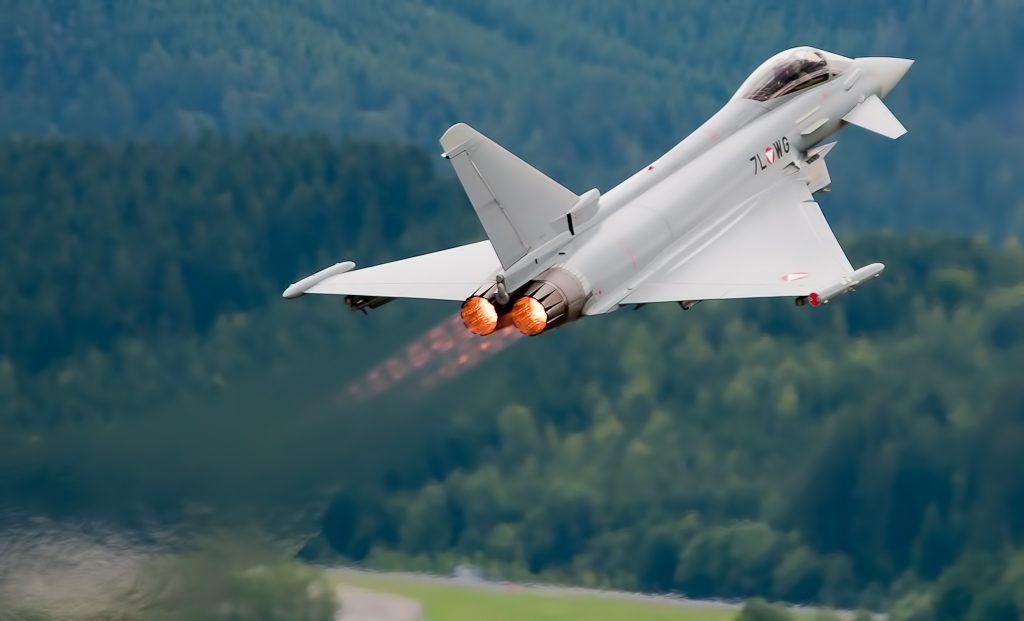 Motores del avión de guerra Typhoon