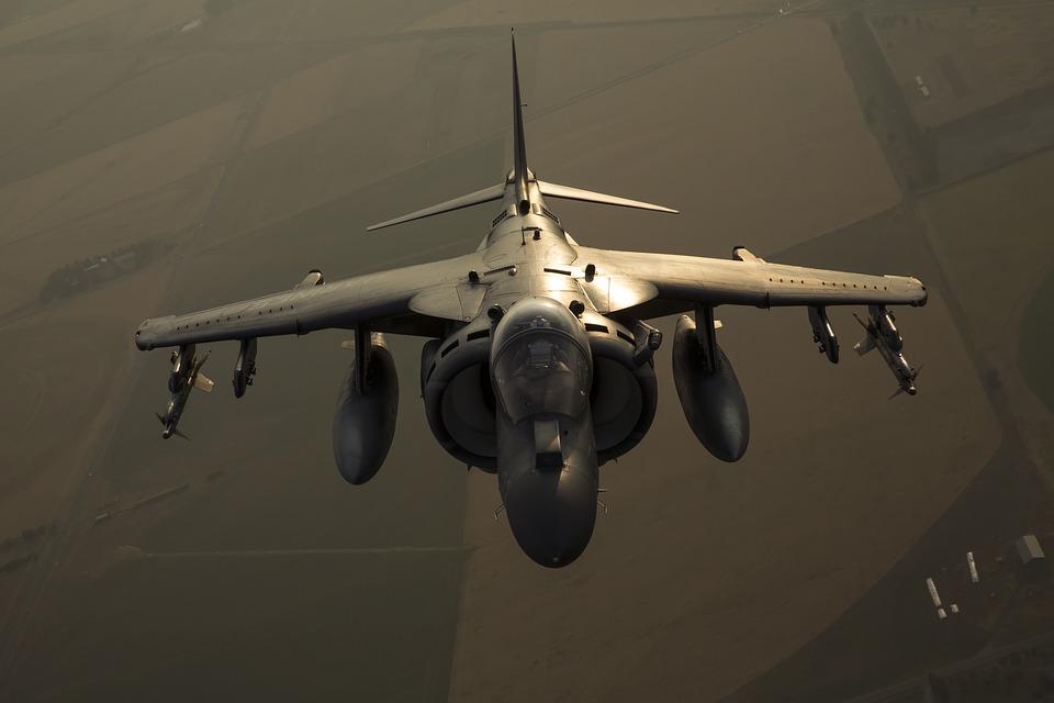 Precio del Caza Bombardero AV-8 Harrier