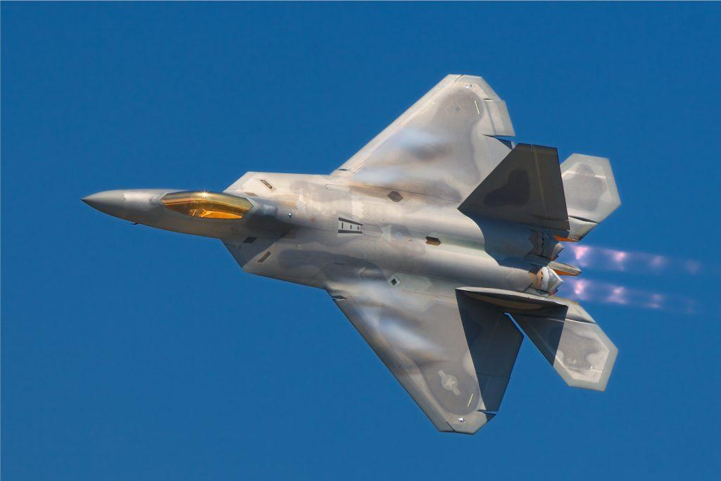 Precio del avión F-22 americano