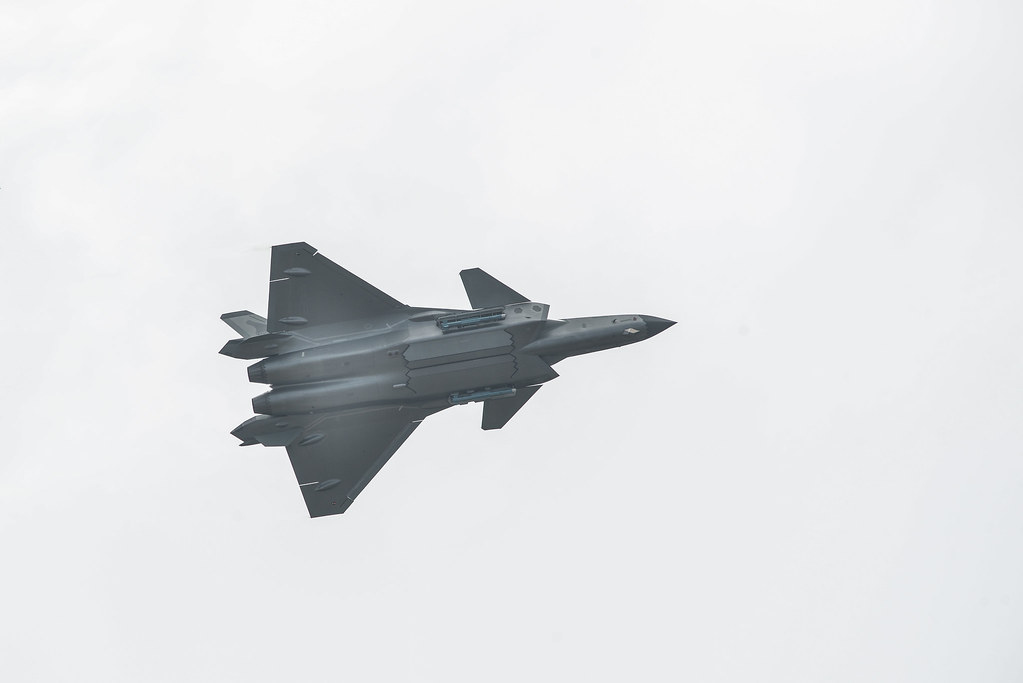 Armas Chengdu J-20